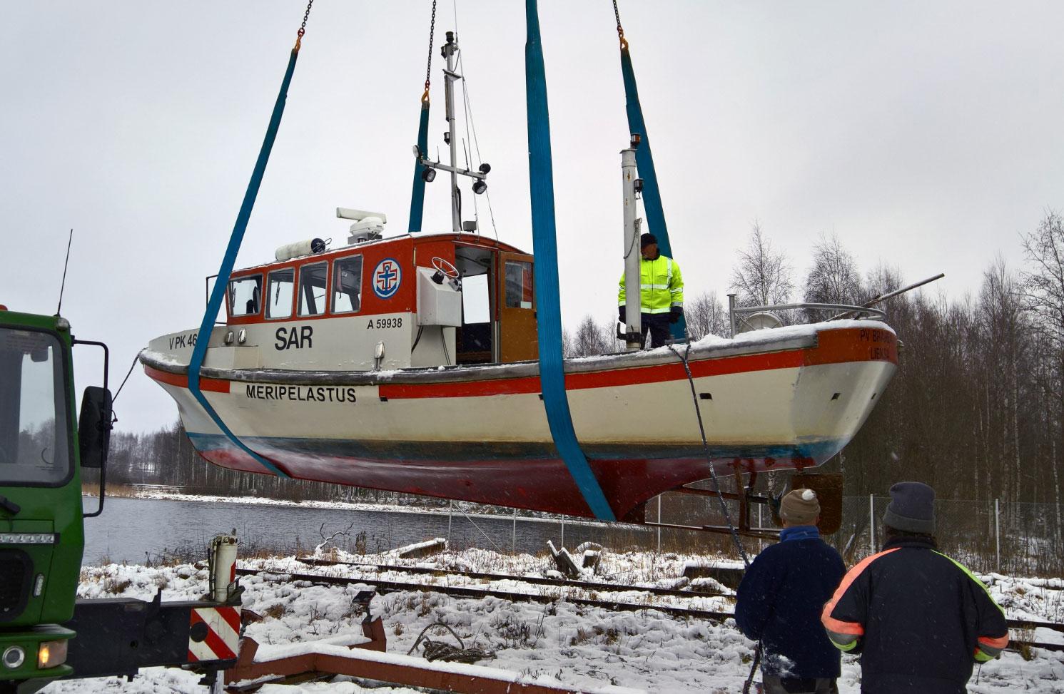 Pielisen Järvipelastajien PV Brahea telakoitiin 16.11.