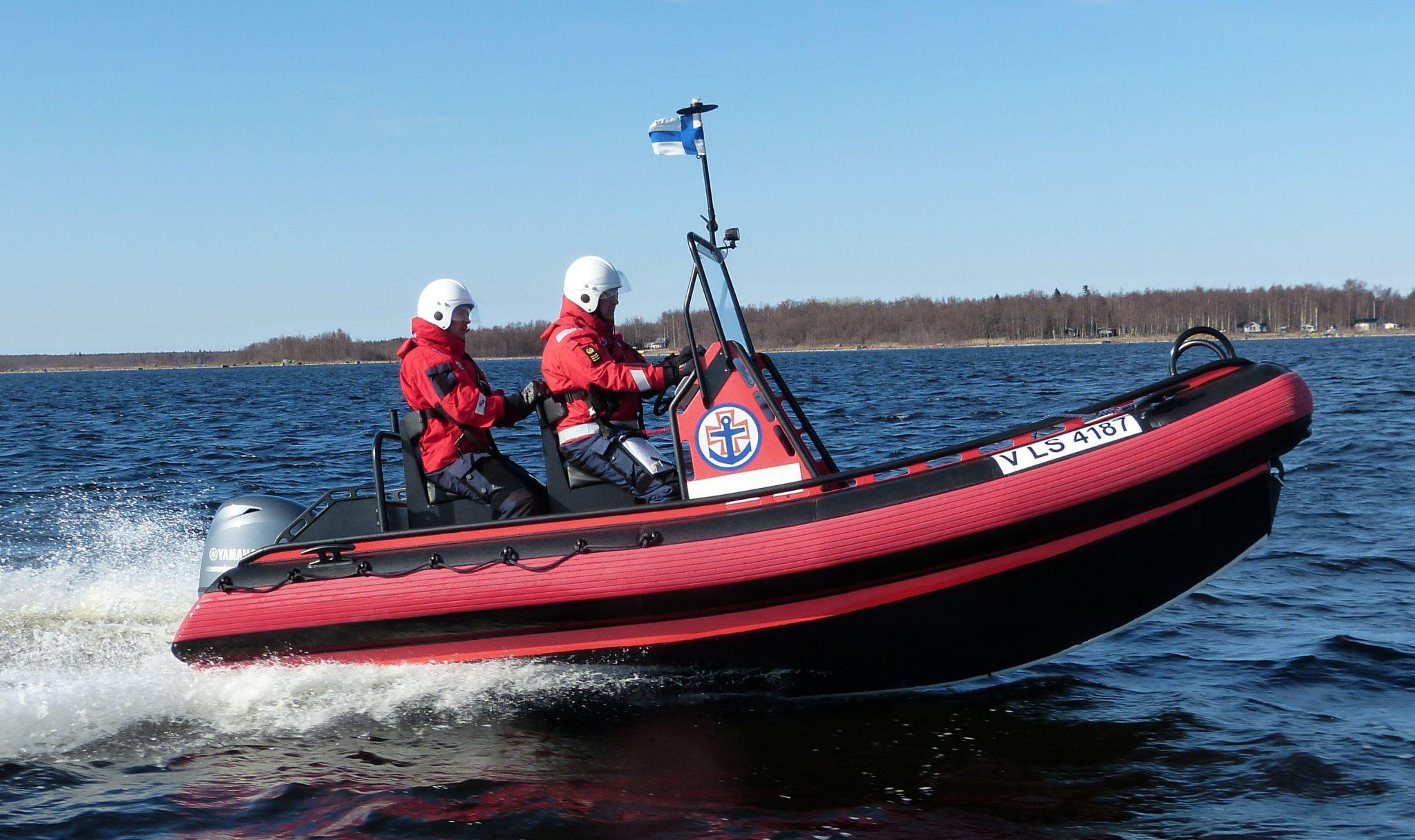 uusia apuveneitä vapaaehtoisille meripelastajille